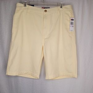 CHAPS Flat Front Shorts Sz 32